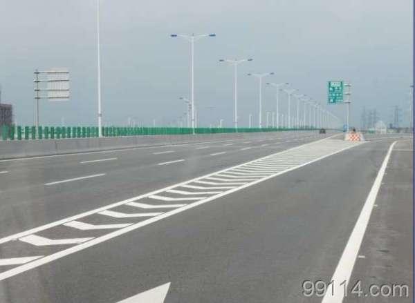 路口红绿灯工程