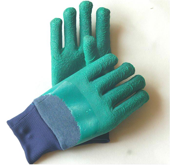 半浸胶手套3L2型中国青岛集芳制造质高价低结实耐用建筑石材机械制造作业手套