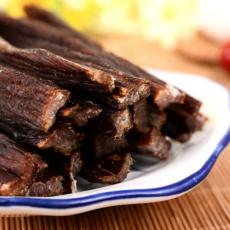 内蒙古特产风干牛肉干超干生产厂家批发原味零食美味特干散装品