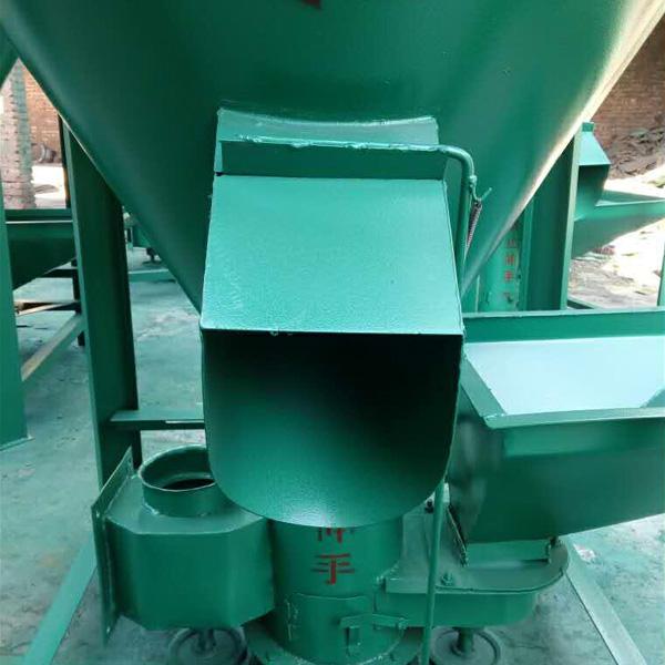 松瑞生产饲料加工机械 饲料搅拌机价格 卫辉饲料机厂家 混合设备饲料机