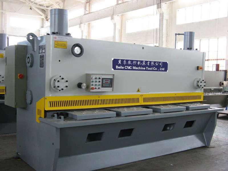 新型节能闸式剪板机 液压剪板机