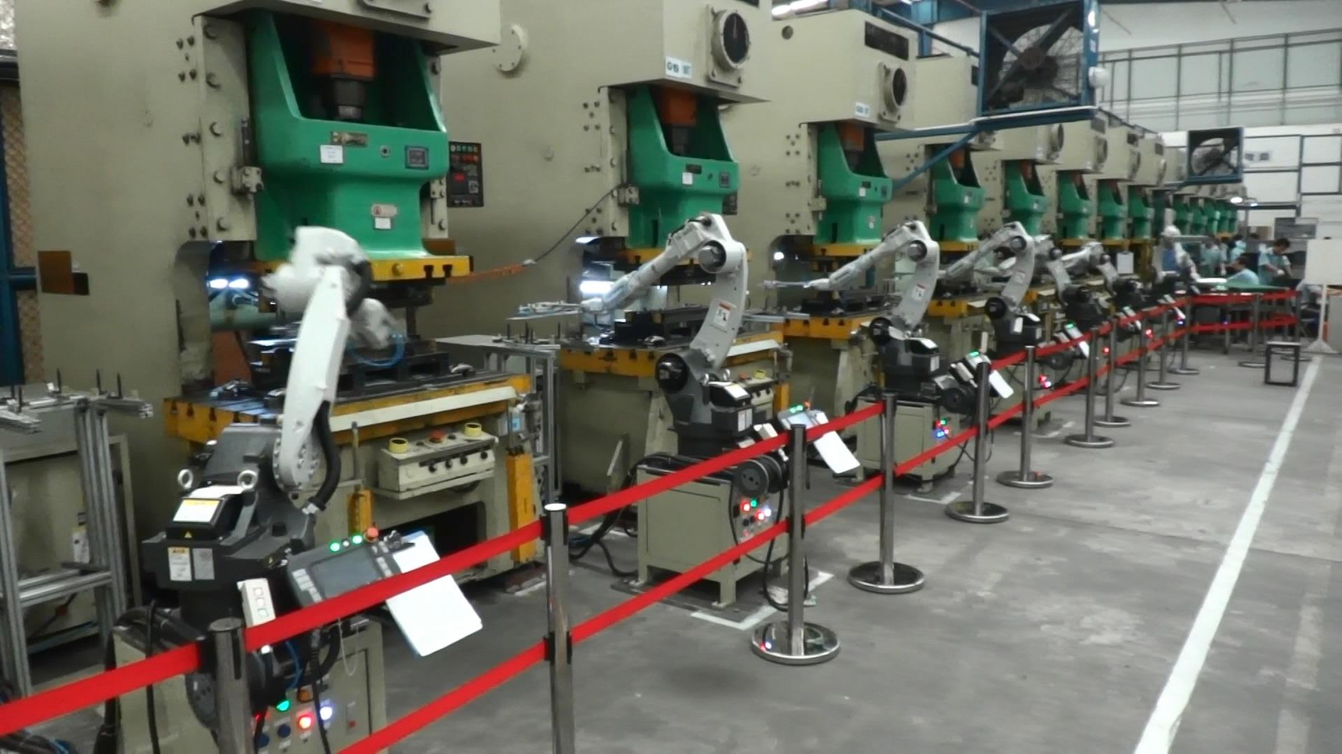供应工业机器人 自动化上下料机器人