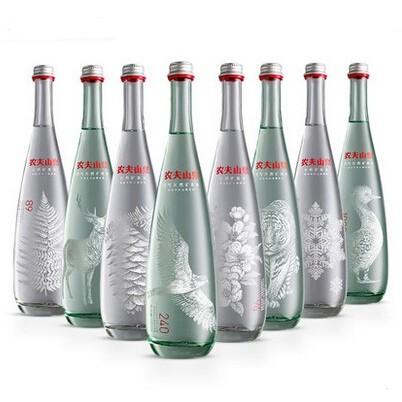 350m农夫山泉玻璃瓶装天然含气高端矿泉水