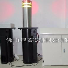 张家港瑞斯顿饮料机械玻璃瓶饮料灌装机