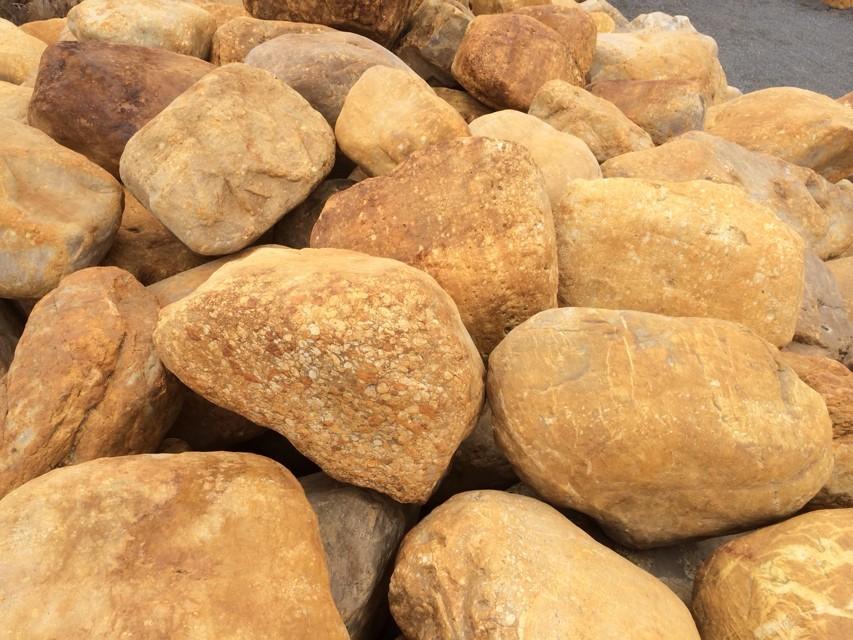 供应黄蜡石、黄蜡石种类,那里有黄蜡石买,黄蜡石多少钱一吨