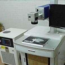 电子产品数据线揽激光打标设备