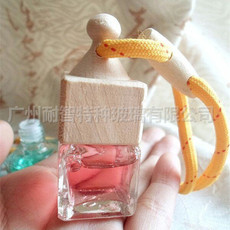 定制汽车挂件香水瓶玻璃香水瓶汽车饰品琉璃汽车内饰