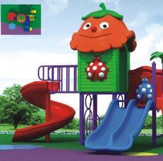 热卖小型儿童塑料滑梯 空间节省却为儿童提供足够的欢乐