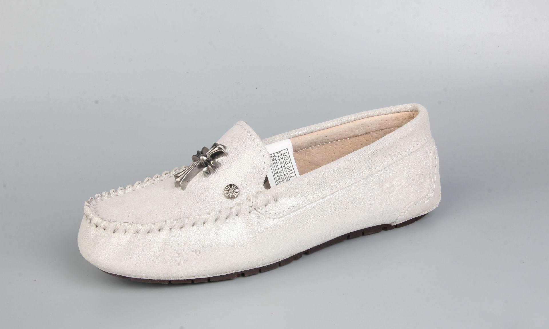 克罗心女平底鞋