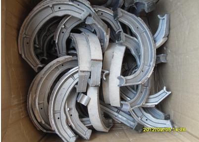 长江750边三轮配件----M1刹车蹄块一付(铝质)