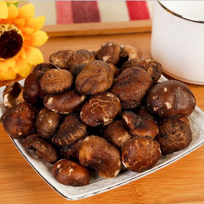 香菇脆 蔬果干脱水蔬菜干 休闲零食散货果蔬脆批发