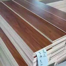 石塑地板生产线新技术