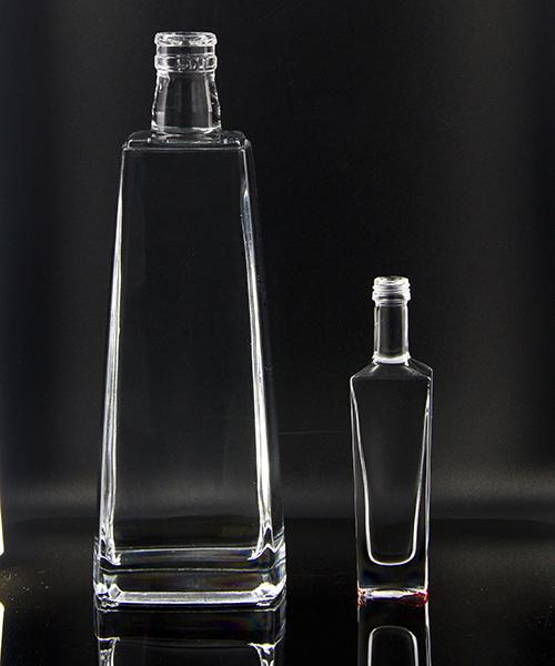供应  定制玻璃器皿 玻璃酒瓶 酒瓶