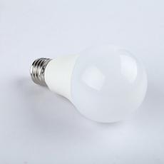 智能灯泡 LED灯泡遥控调光调色温球泡灯 无极调光7W E27螺口