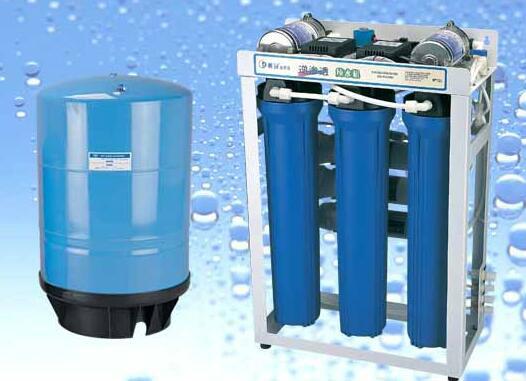 """饮水机设备成为家庭生活的""""必需品"""""""