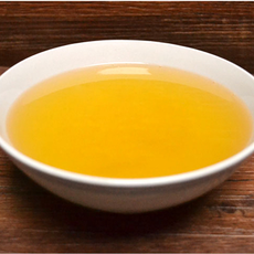 大量供应优质花生油,无攻害有机食用油5L每瓶 10斤