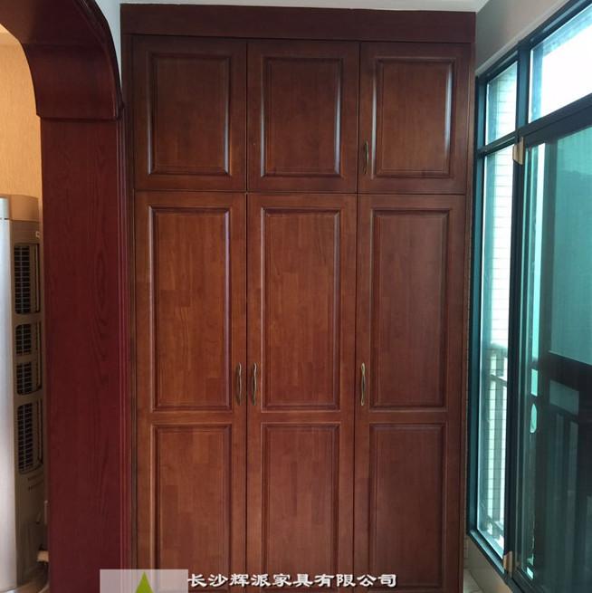 长沙整木原木家具-原木楼梯订制 -原木书柜定做清漆工艺