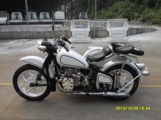 廠價供應長江750仿古邊三輪摩托車