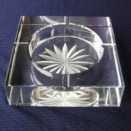 水晶烟灰缸