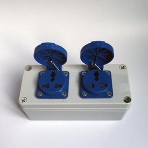 供应 3孔16A工业防水插座盒 室外塑料电源插座