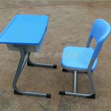 课桌椅生产厂家 中空吹塑课桌椅图片 塑钢课桌椅尺寸 升降课桌椅价格 学校家具批发