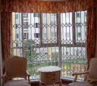 郑州新型防盗窗 彩钢防盗窗 不锈钢防盗窗 铝合金防盗窗