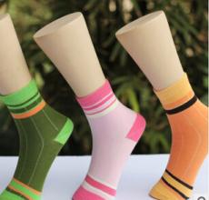 最新供应童袜厂家 小童袜 秋冬款竹纤维儿童袜 舒适透气 抗菌童袜直销