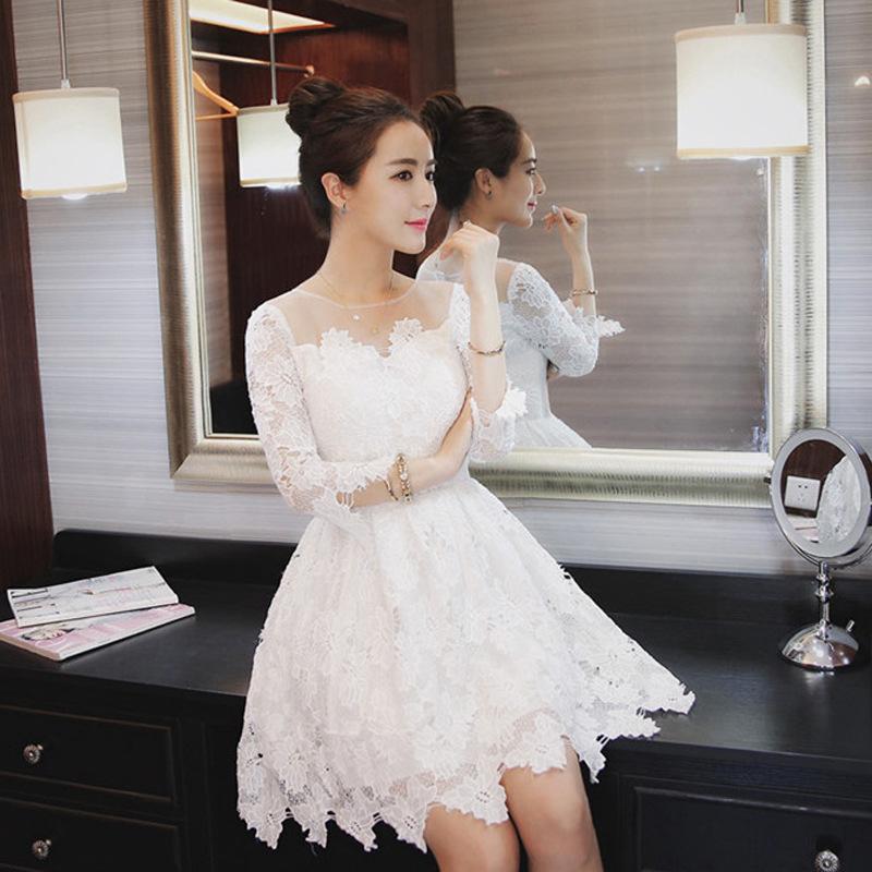 蕾丝蓬蓬裙连衣裙秋冬