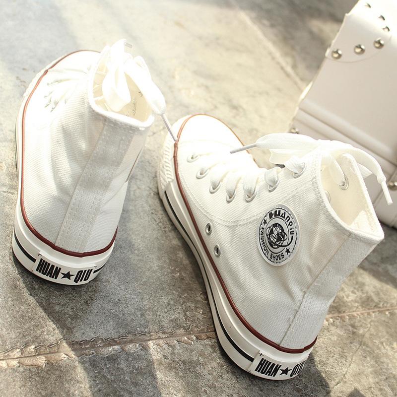 白帆布鞋怎么洗_环球白色高帮帆布鞋女春秋男平底平跟学生板鞋黑布鞋韩版情侣球鞋