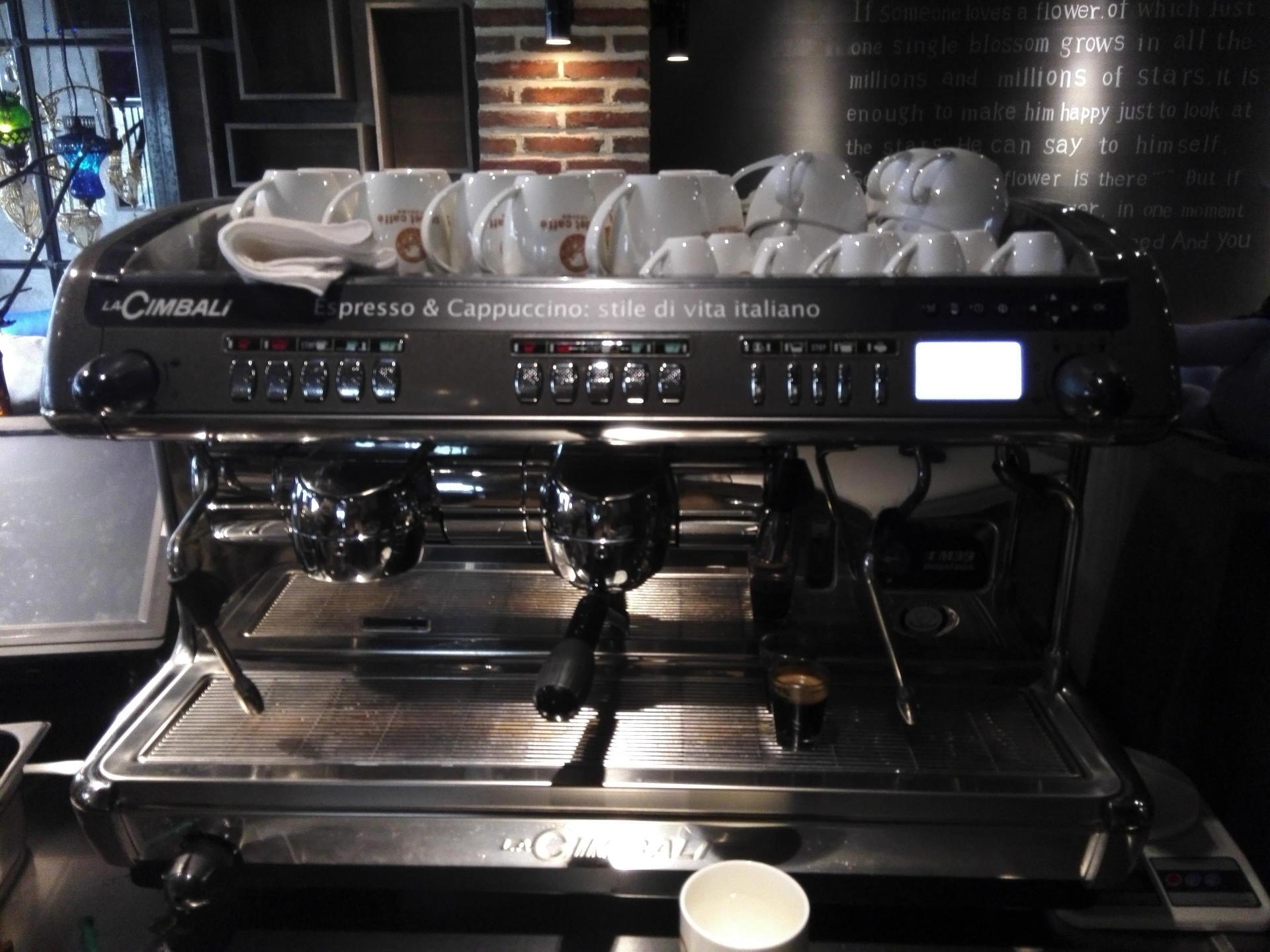 二手意大利咖啡機回收 意式咖啡機回收 辣媽咖啡機回收 黑鷹咖啡機回收 飛馬咖啡機回收