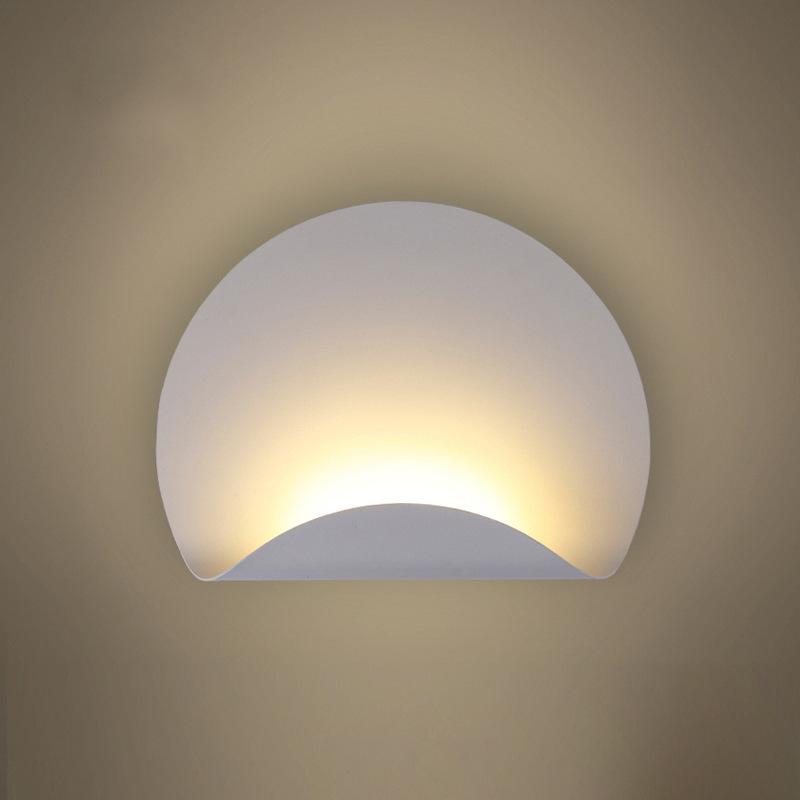 北欧个性创意现代简约过道小阳台灯led卧室床头灯橱窗壁灯走廊灯图片