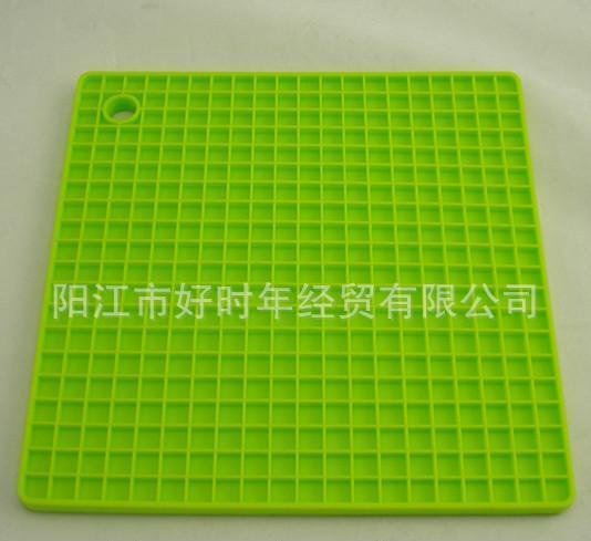 供应优质硅胶隔热垫 防水防滑硅胶桌垫 硅胶锅垫0