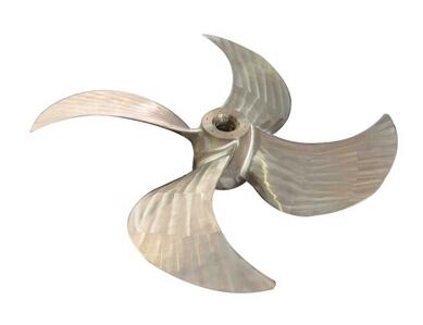 大侧斜螺旋桨
