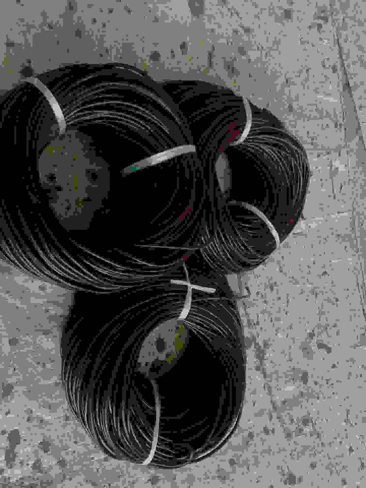牛皮圆带革,规格齐,颜色多,