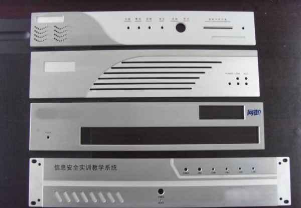 信息通讯设备铝合金面板散热器