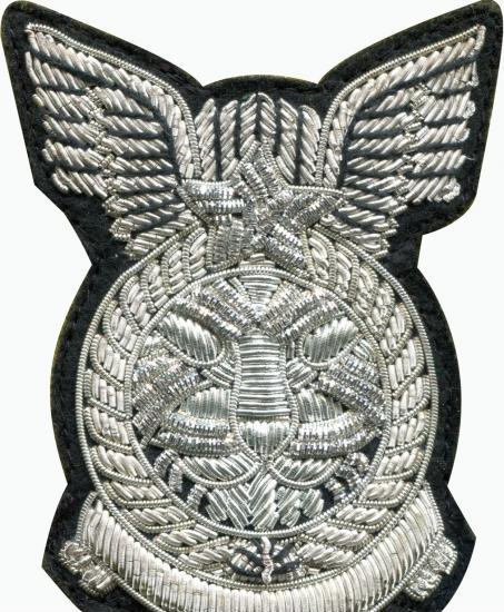 供应印度丝徽章金银狮子头 手工刺绣徽章