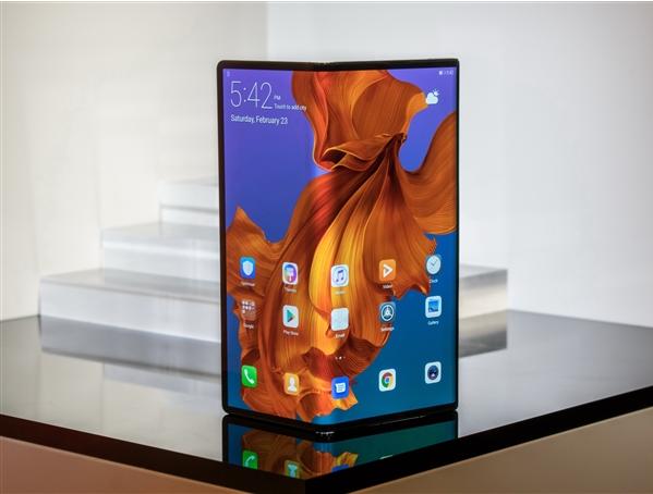华为5G折叠屏手机什么时候上市 华为5G折叠屏