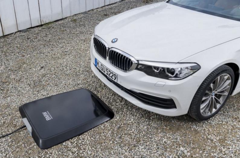 外媒:宝马宣布无线充电板将在美国市场推出