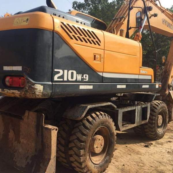 出售现代R210W-9轮挖