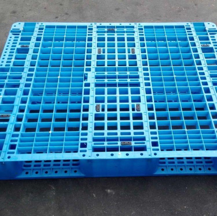 优质川字网格1205塑料托盘的德福万山西灵石县厂家风风火火促销中