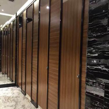供应 厂家直销供应 洗手间隔断板轻质隔墙板 卫生间隔断门厕所高隔断