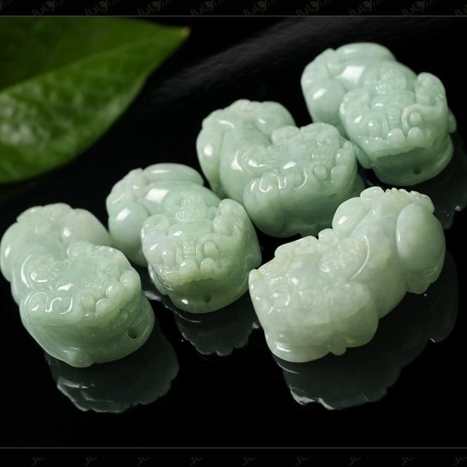 供應 天然緬甸翡翠玉原石貨翡翠貔貅玉吊墜項鏈手把件雕刻玉石掛件圖片