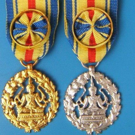 陕西金属徽章定做价格_西安金属徽章定做 西安徽章纪念币定制
