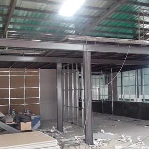 深圳西乡钢结构厂房搭建阁楼楼承板阁楼