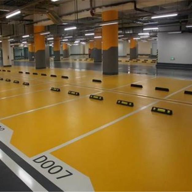 广东停车场刷地坪漆价格一平方专业停车场地坪施工