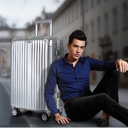 供应 熊猫配色30寸旅行箱男超大容量加厚铝框拉杆皮箱拖箱行李箱