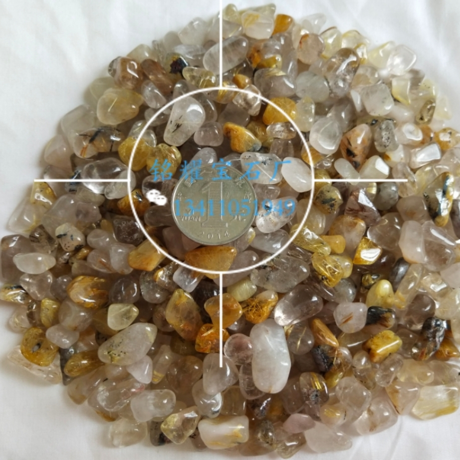 厂家直销 供应天然金发晶碎石 金发晶宝石不定形 黑发晶宝石装饰材料
