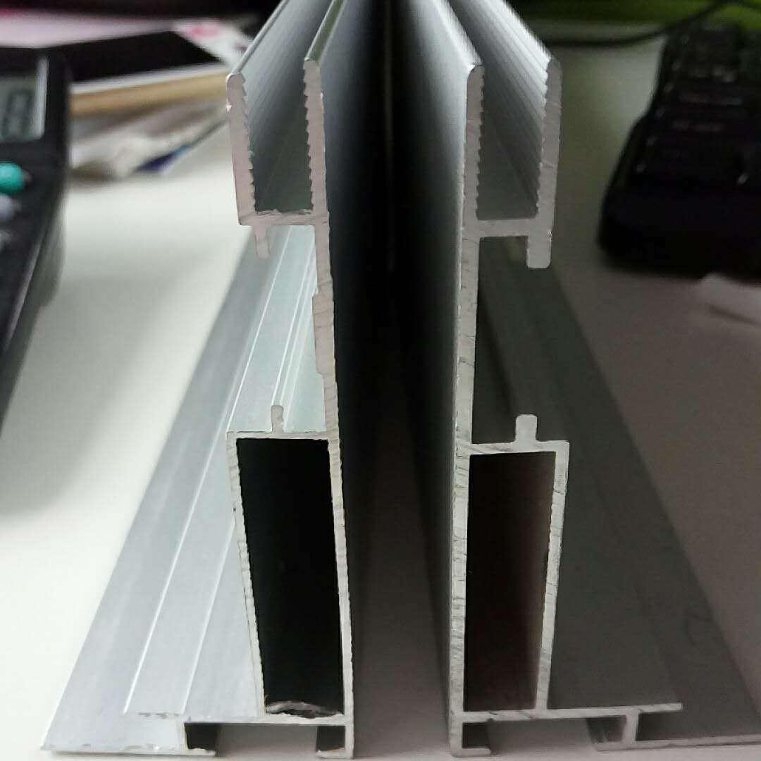 北京卡布型材铝合金边条广告展示