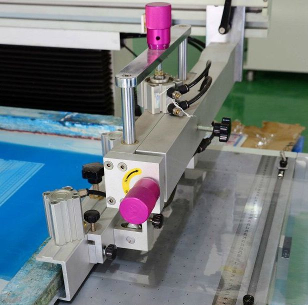 电路板全自动丝印机-丝网印刷机-卷料商标标签丝印机