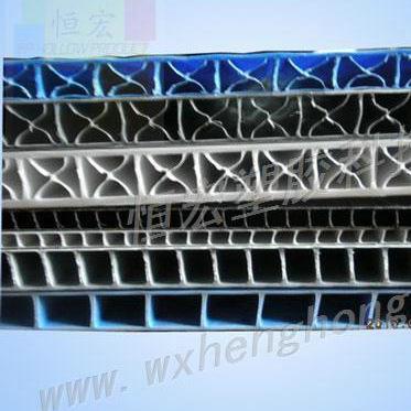 无锡恒宏塑胶专业生产PP中空板片材 塑料广告板